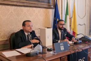 Cateno De Luca lancia la corsa alla Regione. «Chiedo scusa ai siciliani per Musumeci»