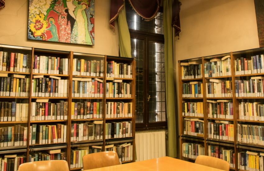 Noale, la proposta: «Se ami un libro affidalo al bookcrossing»