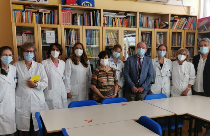Padova, l'assessora Piva in visita alla scuola in ospedale
