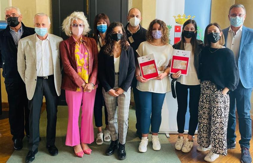 Treviso, al via il progetto Taafe, guide pratiche, tutorial video e spazi di connessione creati dai ragazzi con gli anziani