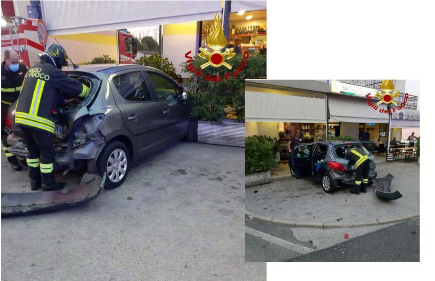 San Fior, auto finisce contro il bar. Ferito un cliente