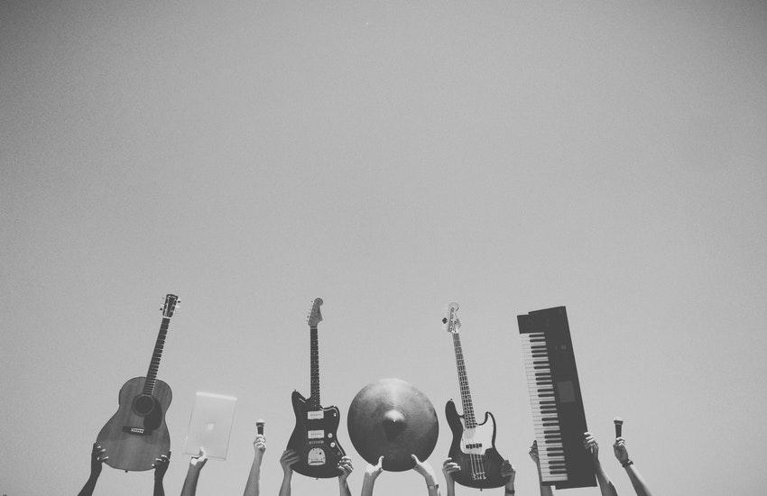 Nasce MusiCare, la prima fiera virtuale rilanciare la musica ed il mercato degli strumenti musicali