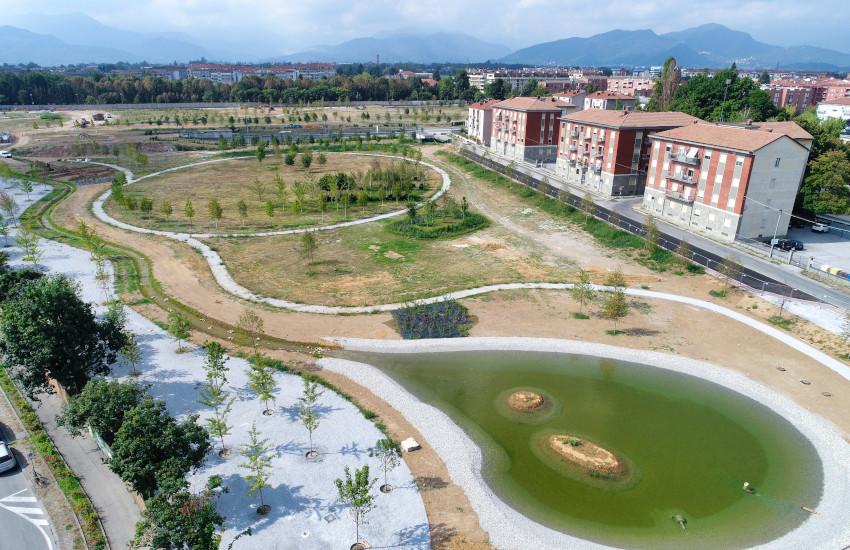 Cuneo, avanza il cantiere di Parco Parri: laghetto e 536 nuovi alberi (FOTO)