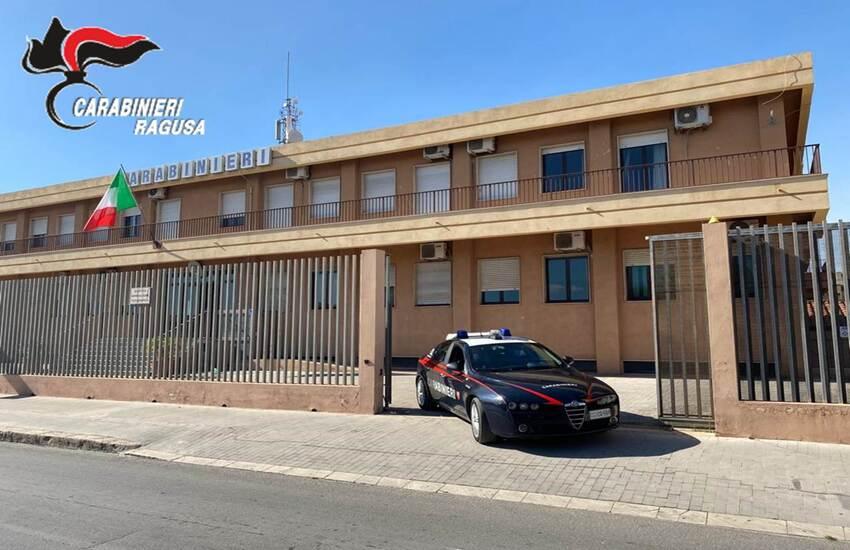 Operazione anti droga a Vittoria: arrestato giovane nordafricano in piazza Daniele Manin e denunciato in stato di libertà un operaio vittoriese