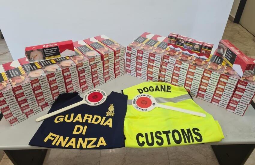 Palermo, avevano oltre 100 stecche di sigarette di contrabbando, denunciati due marittimi di una nota compagnia