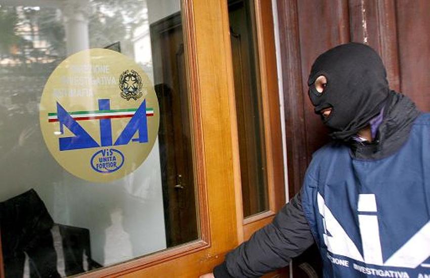 """Roma, capitale del denaro sporco. Il Lazio è la seconda regione in italia per """"riciclaggio"""""""
