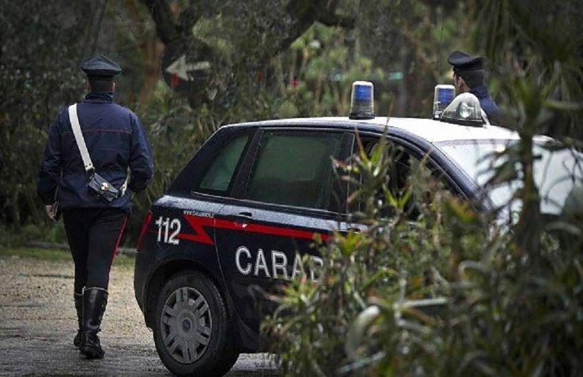 Scambia l'amico per un animale e gli spara: battuta di caccia a Tolfa finisce in tragedia