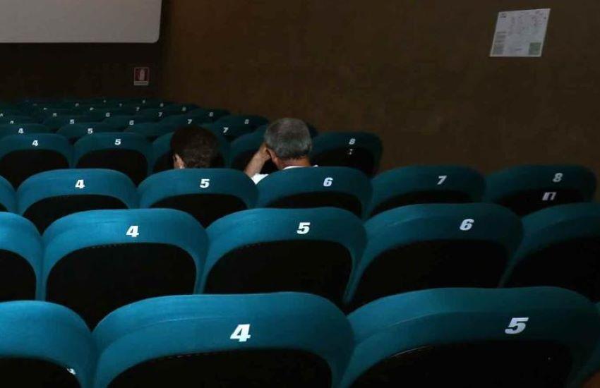 Covid, da oggi via libera a teatri e cinema al 100% della capienza